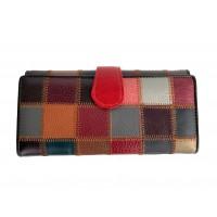 Голямо дамско портмоне естествена кожа цветове с червена закопчалка